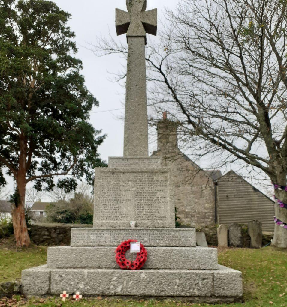 Wreath on war memorial 2020 Ludgvan